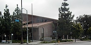 Exterior view of the Wilmington Library